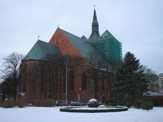 Kołobrzeg Atrakcja Zabytek Bazylika Katedralna